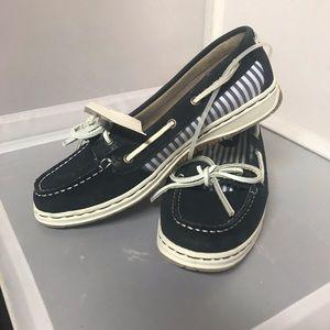 Khombu Loafer/Boat Womens Shoes